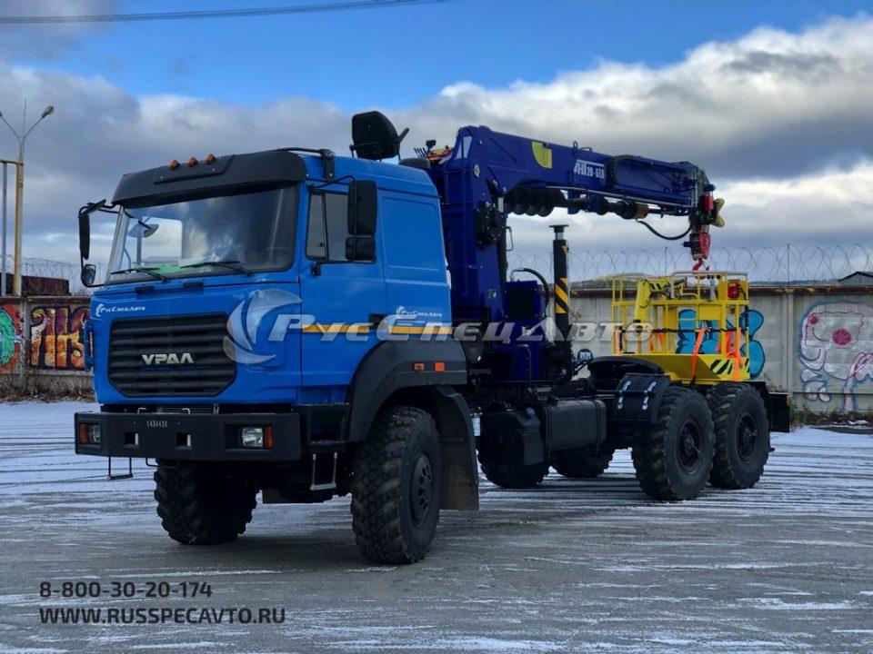 Бескапотный тягач Урал 4320-80Е5 с троссовым КМУ