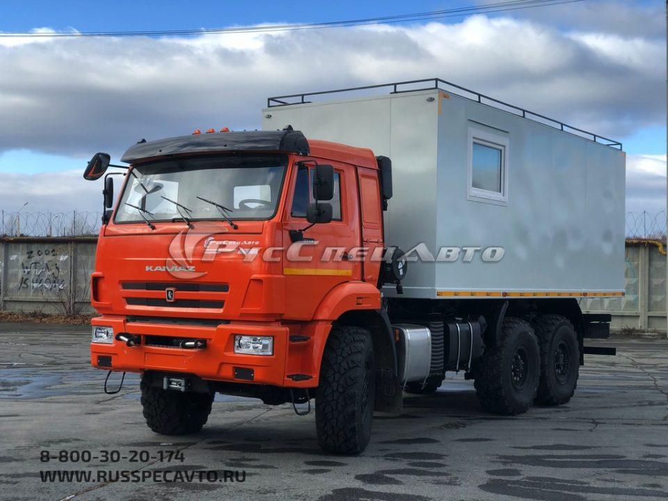 КамАЗ 43118 с жилым модулем