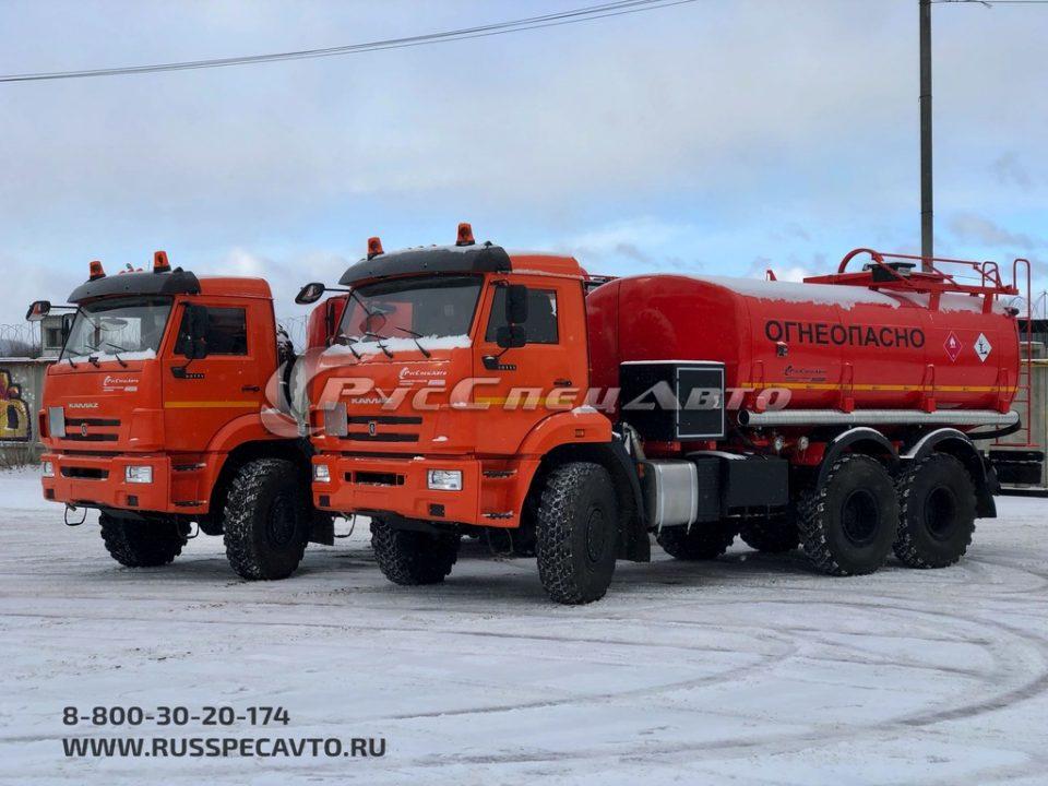 Топливозаправщик односекционный УВТ сбоку 15 м3 на базе КамАЗ 65111