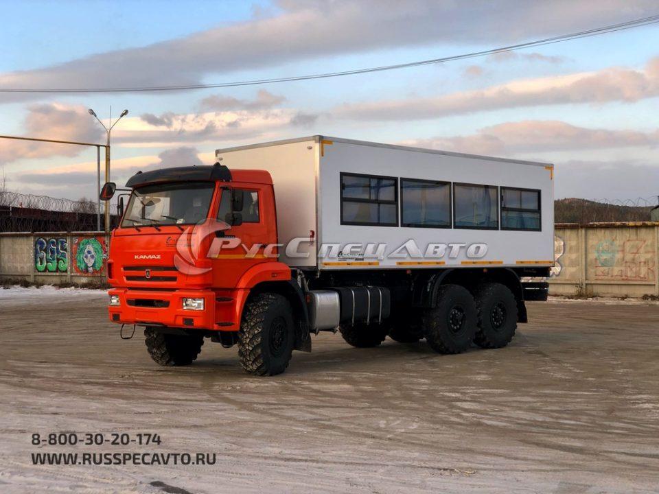 Вахтовый автобус вместимостью 28 пассажиров на базе КамАЗ 43118
